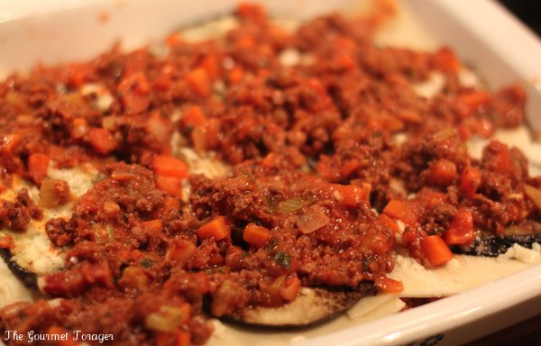 Compiling lasagne with eggplant layers and bolognaise mince
