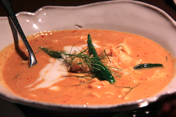 Nahm Bangkok, coconut turmeric curry of blue swimmer crab