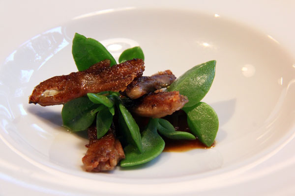 Roasted duck tongues with the reduction of their braising and Chenopodium inflorescence, Mugaritz